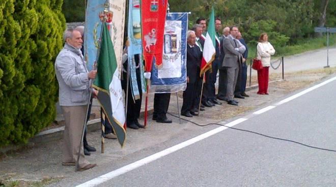 Commemorazione ai caduti dei Caffi di Cassinasco-3