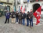 Gli ex-lavoratori della Piscina di Asti protestano, quindici su sedici sono rimasti senza lavoro