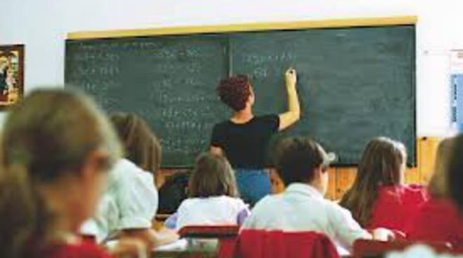I precari della scuola astigiana si organizzano per fare valere i propri diritti