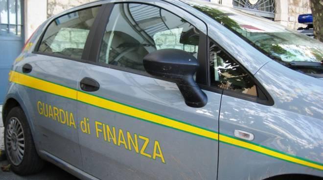 Nizza Monferrato, multe per 130 mila euro per vendita di capi senza etichettatura