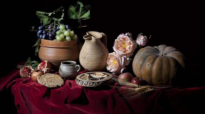 ''Alle origini del gusto'': a Palazzo Mazzetti un viaggio multisensoriale alla scoperta del cibo