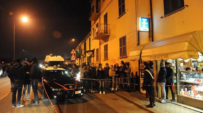 Angela Motta in visita alla tabaccheria in cui morì Manuel Bacco sollecita il Comune sulle telecamere