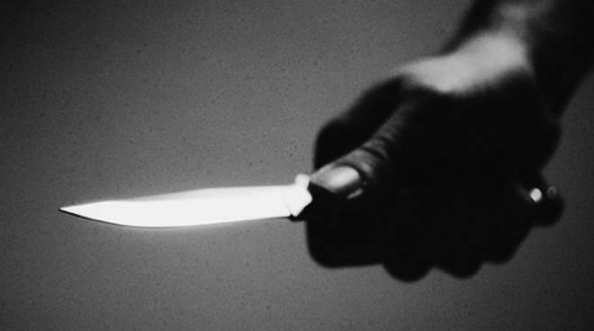 Aveva in tasca un lungo coltello, denunciato 36enne di Calliano