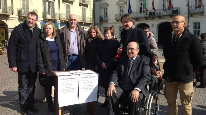 Moltissime le firme raccolte per la cittadinanza onoraria a Fabiola Gianotti