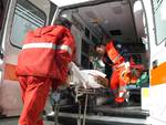 Asti, donna muore cadendo dal balcone mentre lavava i vetri