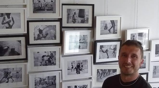 Inaugurata al Musarmo di Mombercelli la mostra ''Decaffeinato Schiumato'' di Omar Pistamiglio
