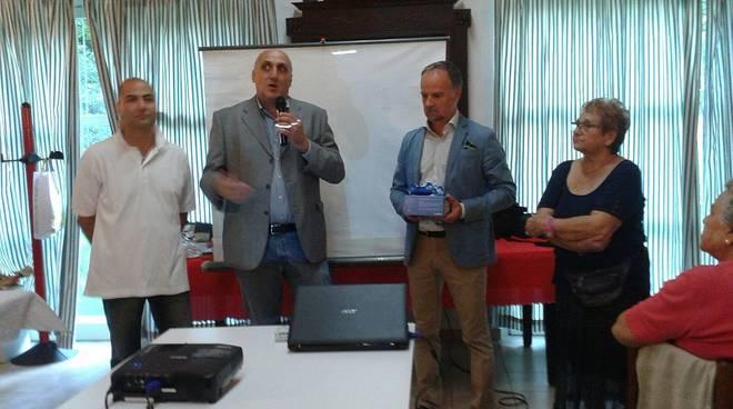 All'Ospedale di Asti un pulsossimetro da polso donato dal Centro Ritroviamoci