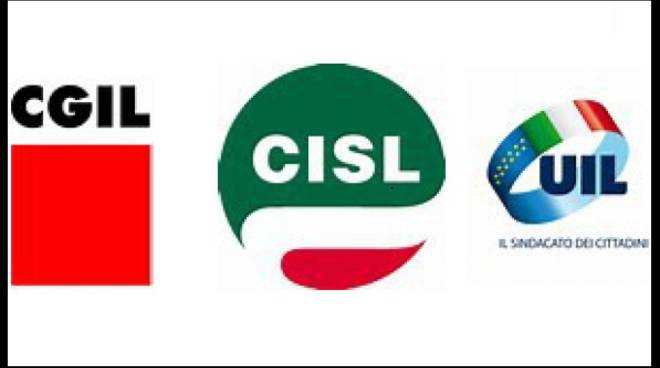 Asti, presidio di CGIL, CISL e UIL per chiedere la modifica della Legge Fornero