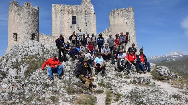 Domenica passeggiata con gli Alpini nei parchi e nelle aree verdi di Asti