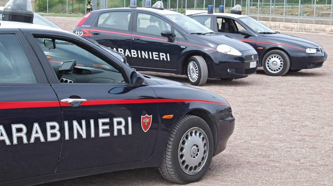 Asti, sorpresi dai carabinieri a rubare cavi elettrici in un cantiere, denunciate due persone