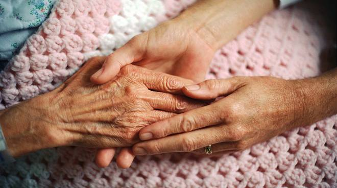 Giovedì 7 gennaio ripartono gli incontri di auto aiuto per i familiari dei malati di Alzheimer