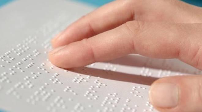 Etichette in braille sui prodotti alimentari: finalmente qualcosa si muove