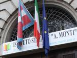 ''Lezione'' della Polizia di Asti agli studenti dell'Istituto Monti con il progetto ''Scuola a Colori''