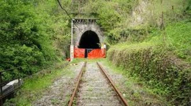 Valetti-Mighetti-Campo (M5S) incontrano i Sindaci per riattivare la ferrovia Asti-Alba