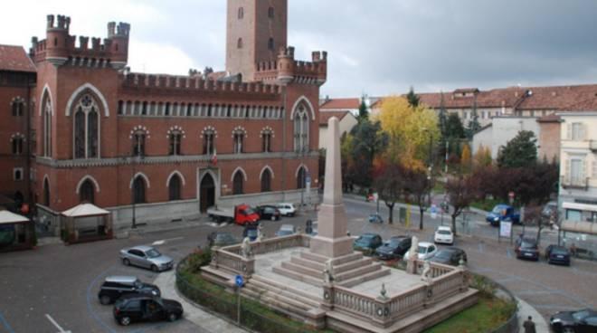 Città di Asti: Pedonalizzazione Piazza Roma
