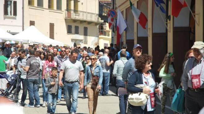 Castagnole delle Lanze, da 29 venerdì aprile la 38° Festa della Barbera - di Cortile in cortile