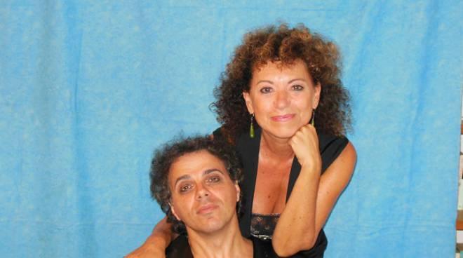 Sabato a Moncalvo grande chiusura della stagione teatrale con lo spettacolo dell'Agar ''Paralisi.. ad aria condizionata''
