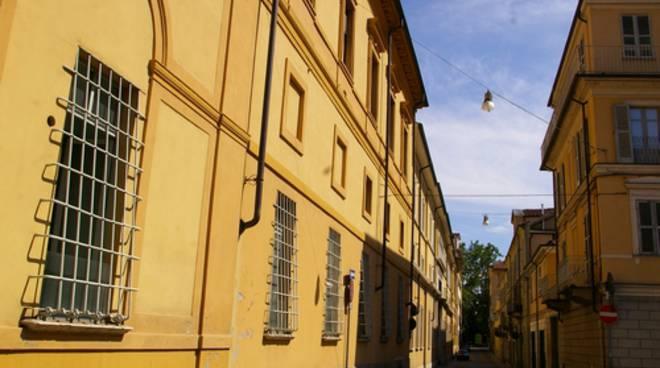 """""""Buco in Piazza Alfieri? Esiste già un buco nero ad Asti, l'ex ospedale civico''"""