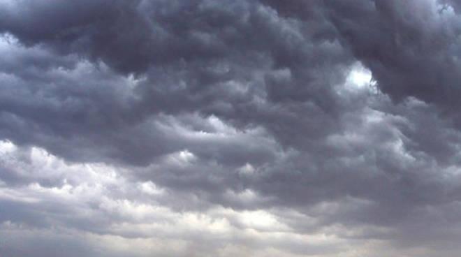 Coldiretti: le bizzarrie del tempo costano care all'agricoltura