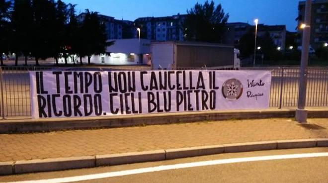 Da CasaPound anche ad Asti l'omaggio a Pietro Taricone nel sesto anniversario della morte