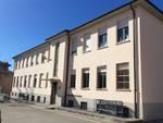 Il Ministro Enrico Costa taglia il nastro della nuova sala polifunzionale di Castiglione Tinella