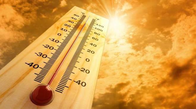 Torna il caldo, dieci consigli per difendersi dalle alte temperature