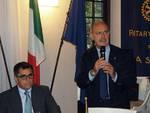 """Ai soci del Rotary Club Asti Renato Goria ha presentato l'edizione 2016 della """"Douja d'Or"""""""