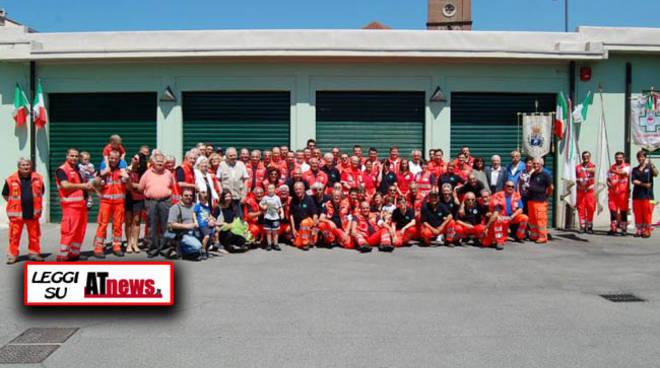 Croce verde Asti inaugura i nuovi automezzi e premia i volontari