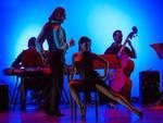 """""""Paesaggi e oltre"""": venerdì 22 a Castagnole Lanze uno spettacolo di teatro-tango"""
