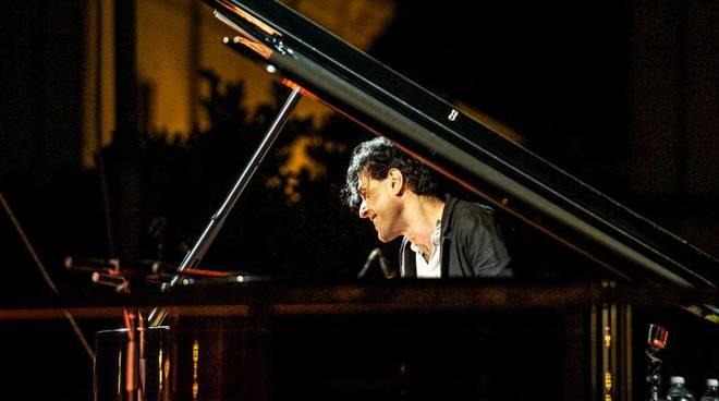 Rinviato il concerto di Ezio Bosso ad Astimusica, sarà ad Asti il 7 settembre