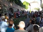 """Pubblico entusiasta ieri a Castagnole Lanze per """"I cortili del racconto"""""""