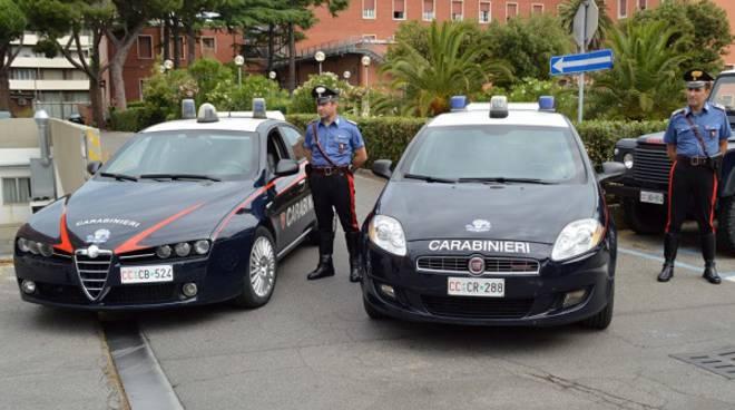 Contrasto all'immigrazione clandestina dei Carabinieri: ad Alba espulsi tre stranieri