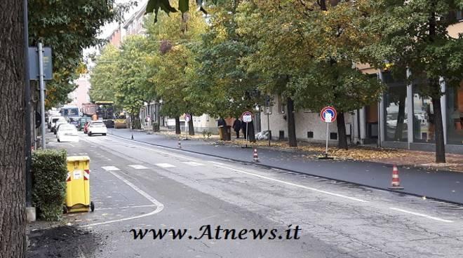 Asti, code in Corso Savona per lavori di asfaltatura e per la chiusura di via Cuneo
