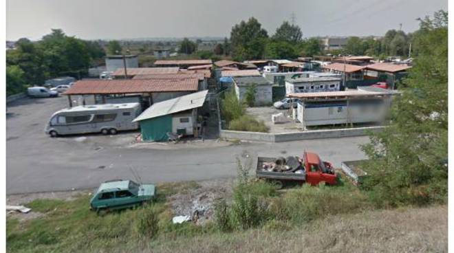 Asti, controllo interforze dei campi nomadi di via Guerra e località Boana