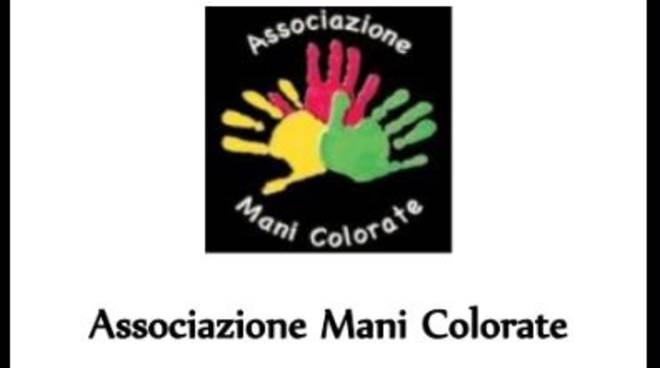 L'associazione Mani Colorate di Asti cerca un volontario per attività di segreteria