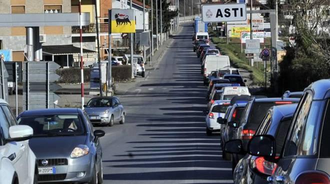 """Marcello Coppo: """"Come è possibile che i lavori di asfaltatura di corso Savona siano coincisi con la chiusura di Via Cuneo?"""""""