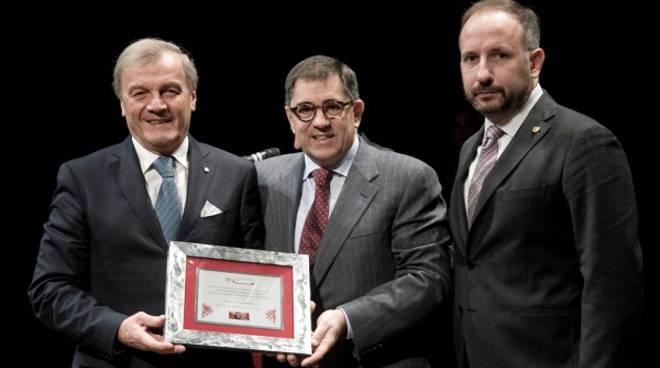 A Cassa di Risparmio di Asti il Premio Speciale della CCIAA per la lunga attività nel settore del credito