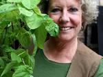 """Lorenza Zambon omaggia Pia Pera ed il suo libro """"Al giardino ancora non l'ho detto"""""""