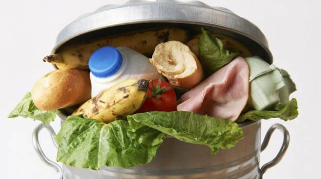Lotta allo spreco di cibo: nelle scuole astigiane arriva Strefowa, contro la piaga del nostro secolo