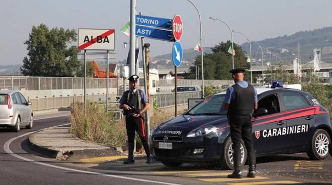Alba, denunciati dai Carabinieri due minori sintu per tentato furto