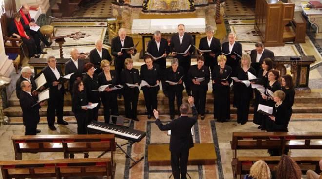 Domenica 18 dicembre a Villa San Secondo il concerto di Natale del Coro CSC Valrilate