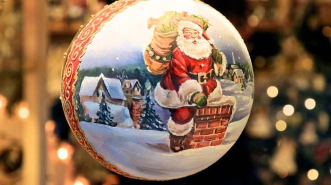 Domenica a Mombercelli il magico mercatino di Natale