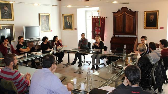 Alba: i giovani del progetto ''Dire, Fare, Partecipare'' all'incontro con l'Amministrazione comunale