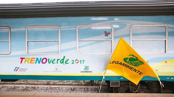 Asti, il Treno Verde arriva domenica in stazione per sensibilizzare sull'inquinamento