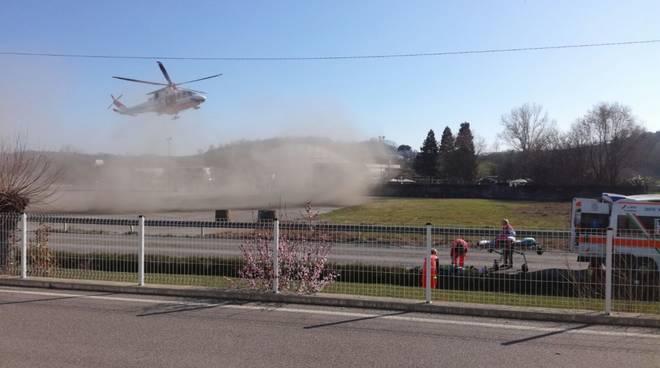 Incidente a Vigliano d'Asti, un ciclista ferito