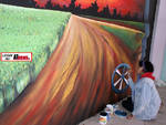 Asti, ragazzi creativi al lavoro: nasce il murales del Movicentro