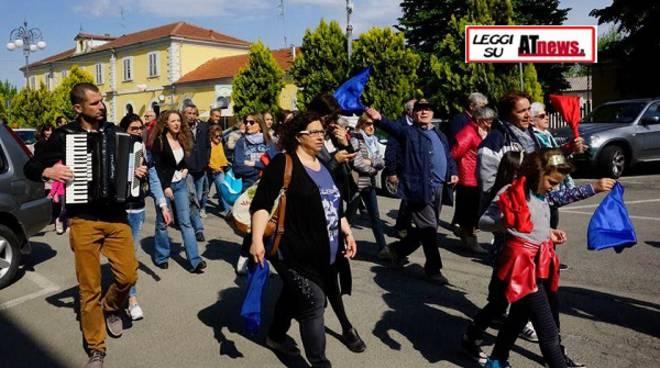 Passeggiata della Liberazione a Nizza Monferrato per celebrare il 25 aprile