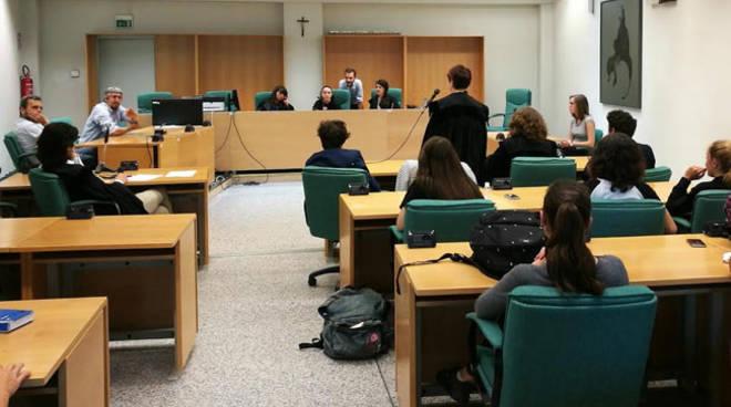 Asti, processo simulato per gli studenti del Liceo Classico Vittorio Alfieri
