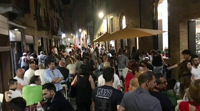 Grande partecipazione di pubblico per l'edizione primaverile di Wine street Tasting (foto)