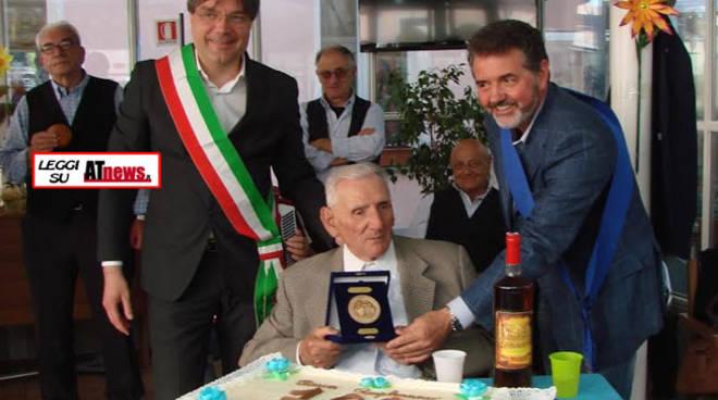 L'astigiano Anselmo Ruscalla compie 100 anni